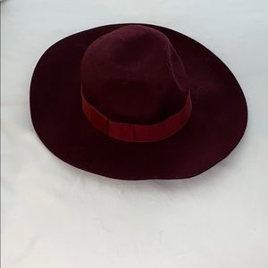 Burgundy Express Hat